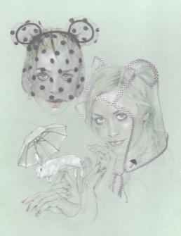 Heidi-serre-tête voilette et oreilles d'ours:Lara-capuche à oreille en vinyl-Scarlett-headband perles et chaine:Andrea-couronne de fleur en organza-Maison Michel-PE 2010