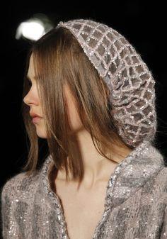 6d3a4077253a468471d1cfb5c54472f0--chanel-vintage-chanel-couture