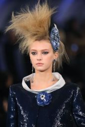 inspiration-coiffure-defile-chanel-haute-couture-printemps-ete-2012